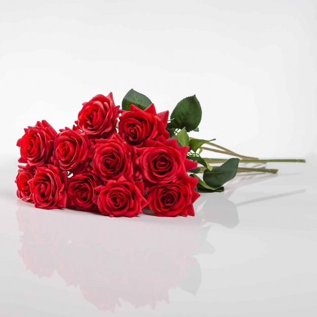Umělá růže Růžena červená. Cena uvedená za 1 kus.