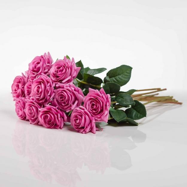 Umělá růže Ružena cyklámenová. Cena uvedena za 1 kus.