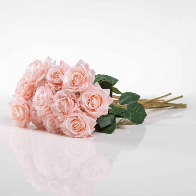 Selyem rózsa RUZSENA világosrózsaszín. Ár/darab.
