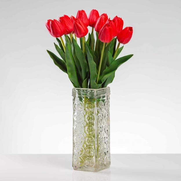 Umělý tulipán BEATA červený. Cena uvedena za 1 kus.