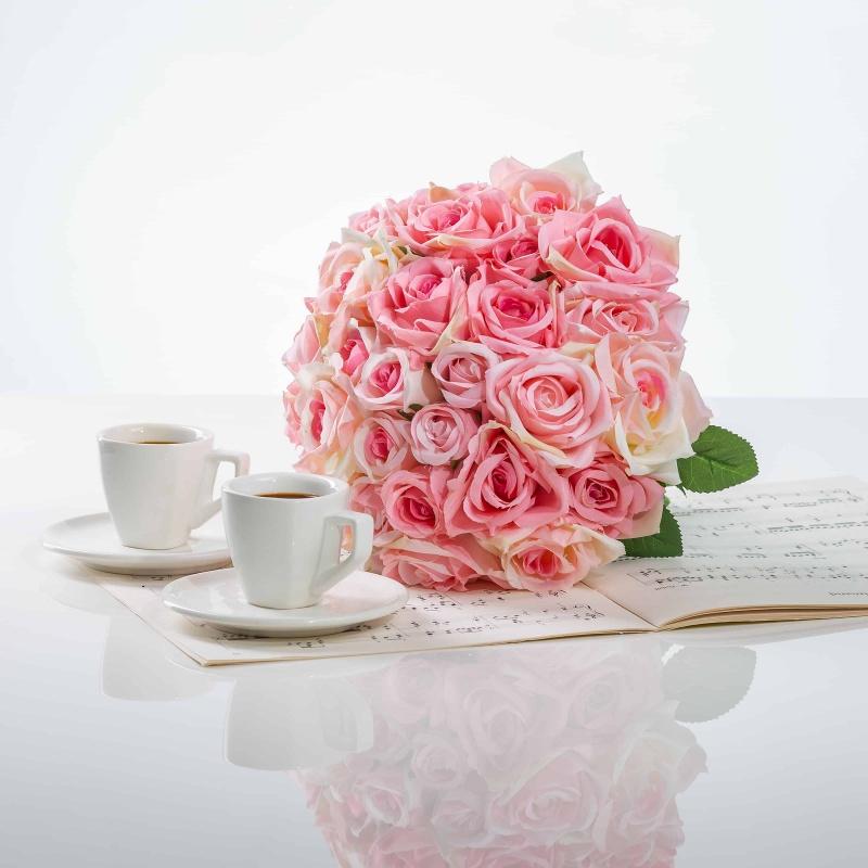 Elegantná kytička z ruží VIERA bielo-ružová