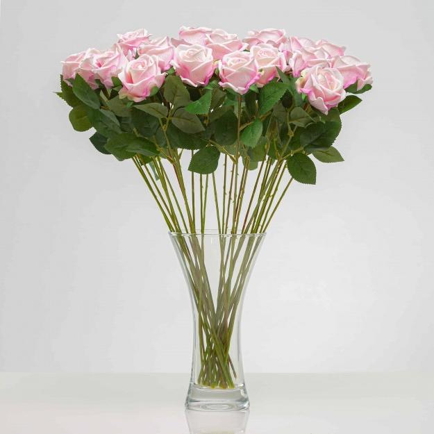 Umelá zamatová ruža ANNA svetlo - ružová. Cena uvedená za 1 kus.