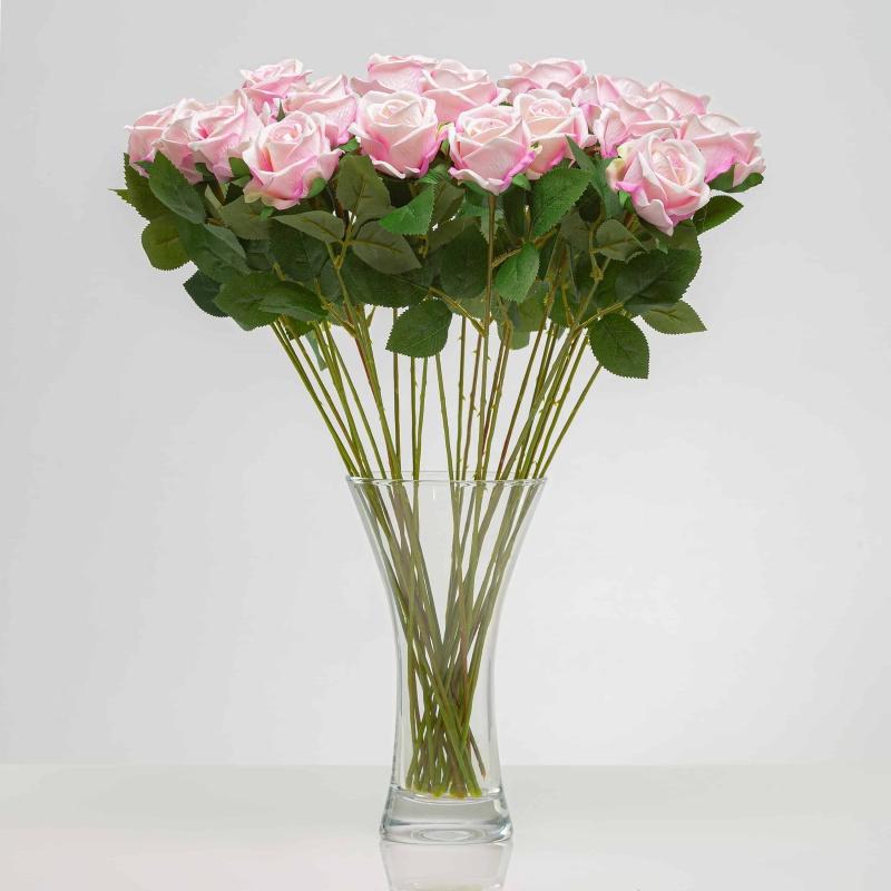 Umělá sametová růže ANNA světle - růžová. Cena uvedena za 1 kus.