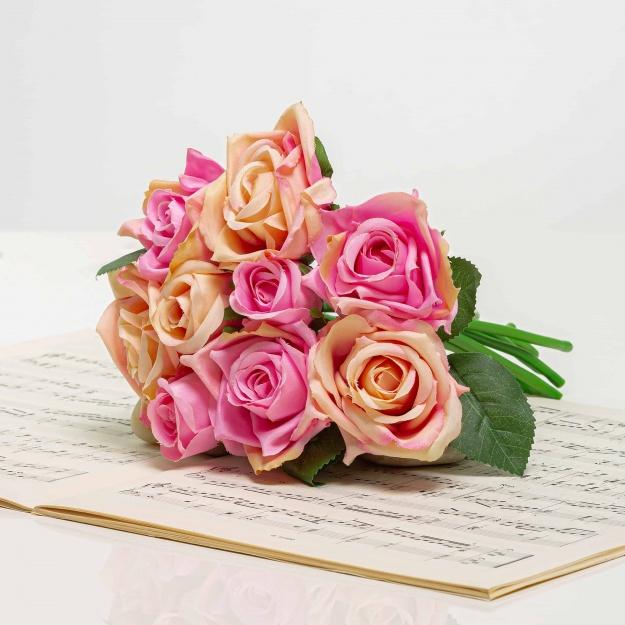Selyem rózsacsokor TERÉZIA rózsaszín-barack színű.