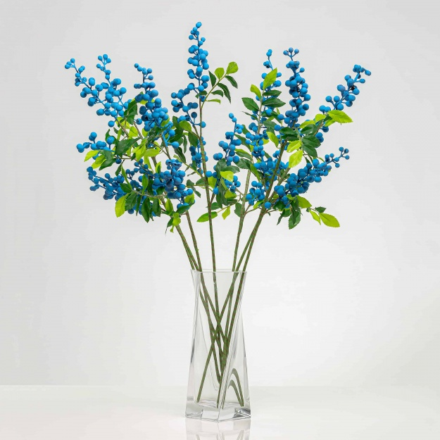 Větvička bobule SOFIE modrá. Cena uvedena za 1 kus.
