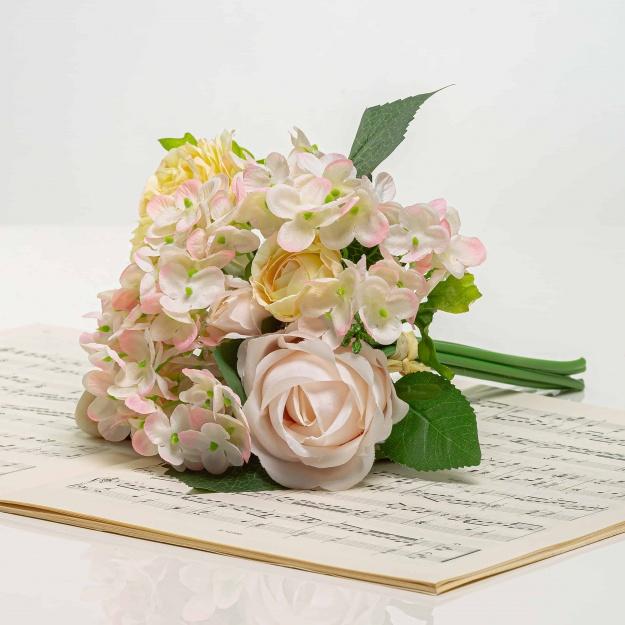 Csokor hortenzia és rózsa - BRIGITA halvány rózsaszín