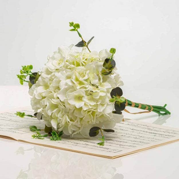 Csokor hortenziábol KRISTÍNA fehér