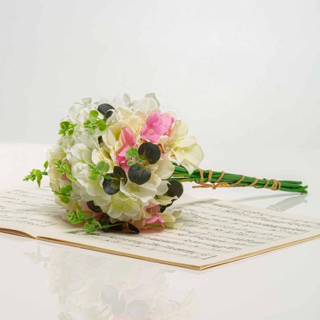 Kytička z hortenzií LÝDIA