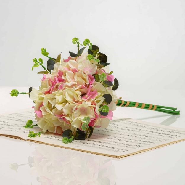 Bouquet from the hydrangeas LÝDIA