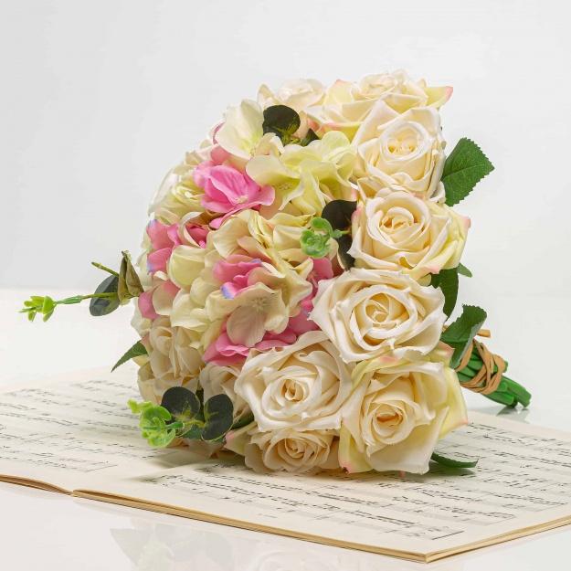 Csokor hortenzia rózsákkal STELA mix