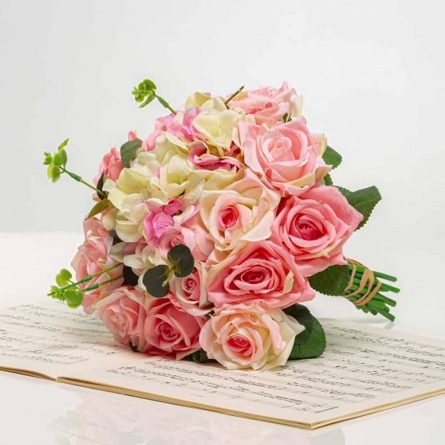Kytička z hortenzií a ruží STELA mix