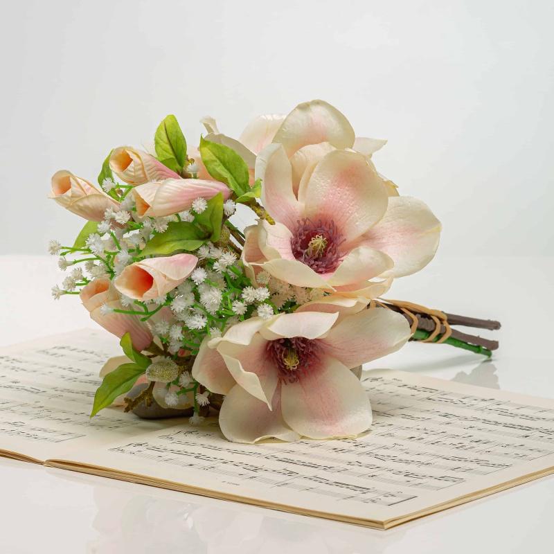 Kytička z magnólií HENRIETA jemno-ružová