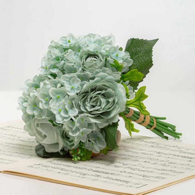 Csokor hortenzia rózsákkal TAMARA halvány kék