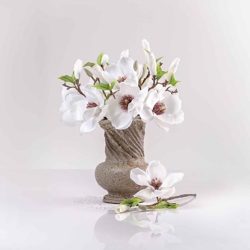 Umělá magnolie HELENA bílá. Cena uvedena za 1 kus