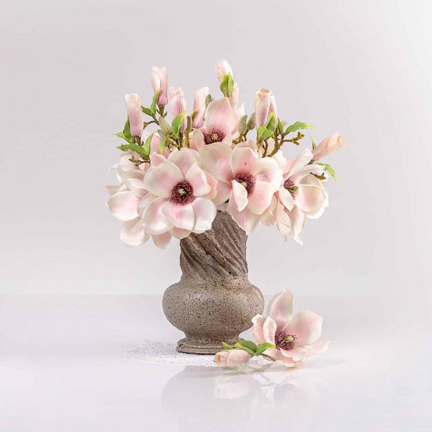 Umělá magnolie HELENA jemně-růžová. Cena uvedena za 1 kus