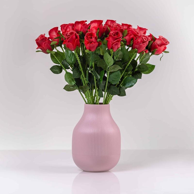Umelá ruža MÁRIA červená. Cena uvedená za 1 kus.