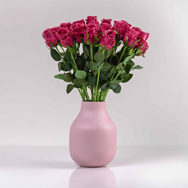 Umelá ruža MÁRIA cyklámenová. Cena uvedená za 1 kus.